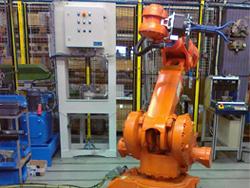 Robottisolujen puristinkoneet
